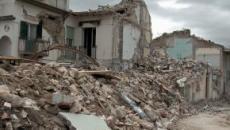 Terremoto in Albania, ci sarebbero almeno tre morti e persone sotto le macerie