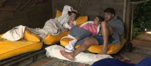 Lucas, Hariany e Thayse estão na berlinda de 'A Fazenda'. (Arquivo Blasting News)