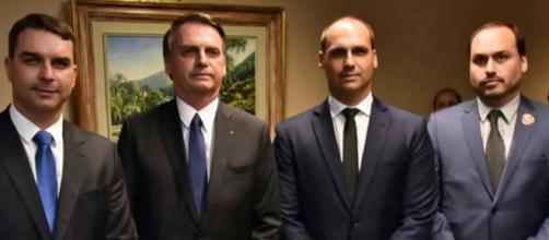 O Clã Bolsonaro é conhecido por suas frases polêmicas com teor antidemocrático. (Arquivo Blasting News)