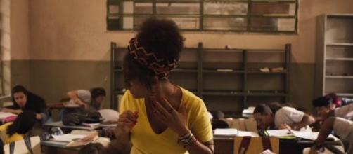 Amor de Mãe: Depois de tiroteio, Camila vai apanhar de aluno em sala de aula (Arquivo Blasting News)