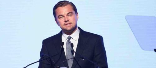 """Bolsonaro acusa DiCaprio de dar dinheiro para """"toca fogo na Amazônia"""" (Arquivo Blasting News)"""
