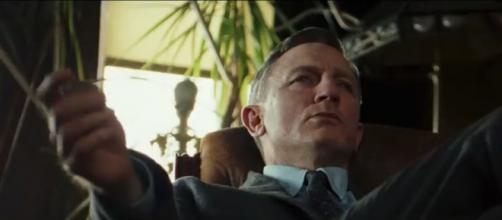 Daniel Craig head's an A-list cast in this new gripping thriller influenced on Agatha Christie's books. [YouTube screenshot/Movieclips Trailers]