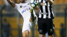 Santos x Botafogo: onde assistir a partida, escalações e desfalques