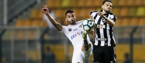 Duelo de alvinegros será na Vila Belmiro. (Arquivo Blasting News)