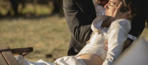 Il segreto, puntate 4-10 novembre: Maria Elena muore fra le braccia di Fernando