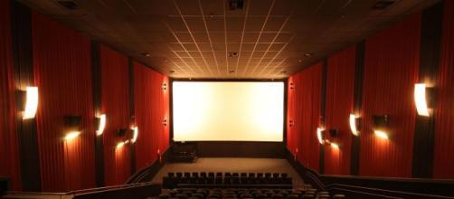 Cinemas brasileiros têm até janeiro para garantir acessibilidade. (Arquivo Blasting News)