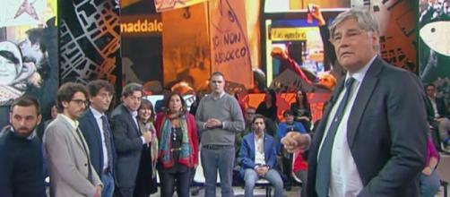 Le sardine annunciano il boicottaggio di 'certi programmi' di Rete 4