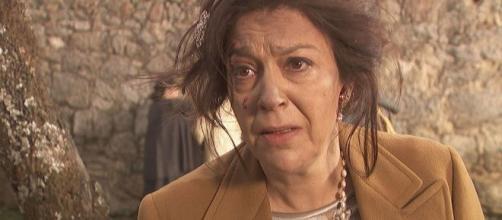 Anticipazioni Il Segreto, puntate spagnole: Donna Francisca rischia di diventare pazza.