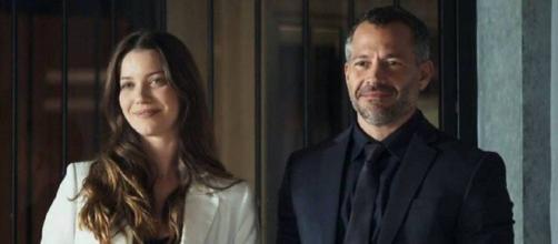 Fabiana e Agno em pé de guerra em 'A Dona do Pedaço'. (Reprodução/TV Globo)