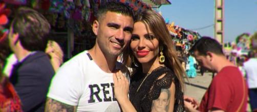 Jose Antonio Reyes y Noelia López posan en la Feria de Sevilla. / Instagram
