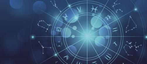 Oroscopo 5 novembre 2019: previsioni dei dodici segni zodiacali