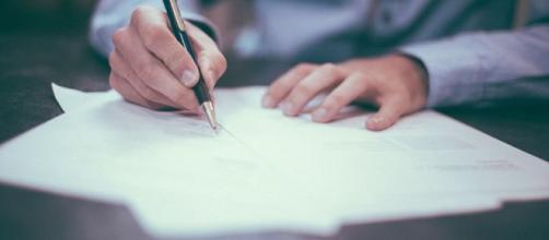 Concurseiros podem organizar seus cronogramas de estudo para se prepararem para os concursos e processos seletivos de SC. (Reprodução/Pixabay)