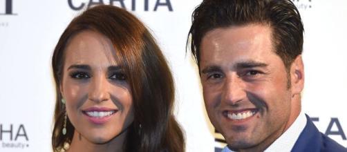 Paula y Bustamante callan ante los rumores de infidelidad y problemas de salud
