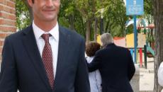 El hijo de José Bono anuncia su boda con Aitor Gómez tras cuatro años de noviazgo