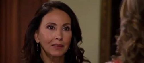 Almerinda é desmascarada em 'Abismo de Paixão'. (Reprodução/Televisa)