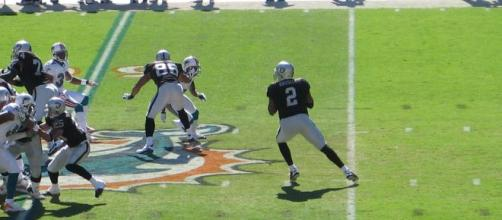 JaMarcus Russell was a huge disappointment with the Raiders. [Image Source: Flickr | fmavig]