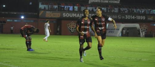 Times jogam em Curitiba. (Arquivo Blasting News)