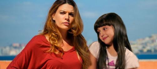Angela (Claudia Ruffo) Bianca (Sofia Piccirillo)