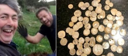 Irlanda, perde la fede nuziale e la cerca con il metal detector, ma trova un tesoro del 1500