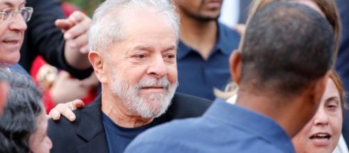 Juíz acatou pedido da defesa de Lula, pedindo sua libertação. (Arquivo Blasting News)