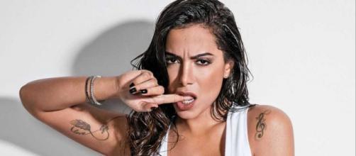 Anitta fala sobre diversos assuntos em entrevista ao jornal O Dia. (Arquivo Blasting News)