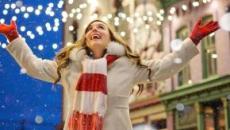 Ahorrar en Navidad es posible con el 'amigo invisible', comprando con tiempo y otros trucos