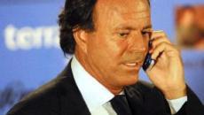 Julio Iglesias pierde un juicio con un pueblo portugués al que reclamaba 325.000 euros