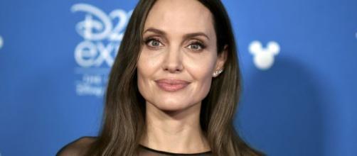 Além de Angelina, Brad Pitt também não acredita na divindade. (Arquivo Blasting News)