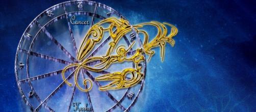 Previsioni astrologiche gennaio, Cancro: separazioni in coppia, attriti professionali.
