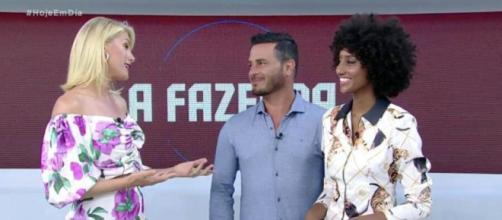 """Rodrigo Phavanello e Sabrina Paiva participam do programa """"Hoje em Dia"""". (Reprodução/RecordTV)"""