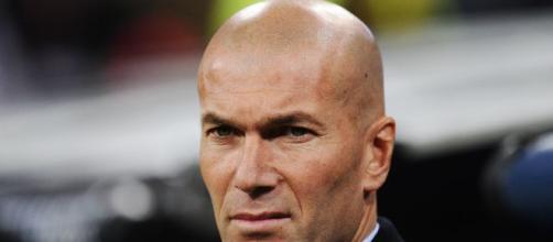 Zidane hace frente a la plaga de lesiones en el Real Madrid.