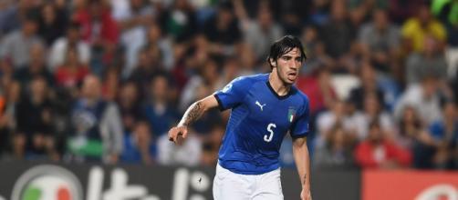 Sandro Tonali con la maglia della Nazionale
