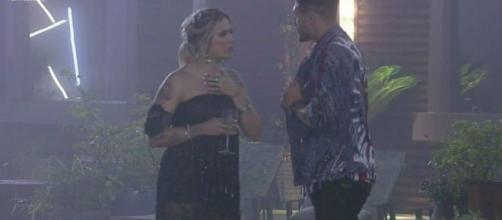 Tati Dias protagoniza cena de ciúmes e briga com Guilherme em 'A Fazenda'.(Reprodução/Record TV)