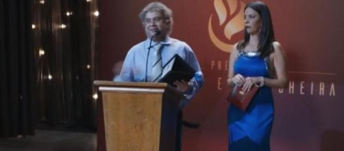 Welder Rodrigues e Flavia Reis em cena do 'Zorra' que gerou nota de repúdio do Conselho Federal de Contabilidade. (Reprodução/TV Globo)