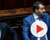 Voli di Stato: Salvini indagato, Toninelli lo critica