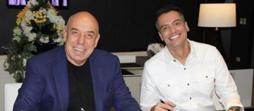Leo Dias assina contrato com a RedeTV! e novo cargo é revelado. (Divulgação/RedeTV!)