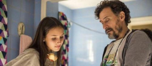 """Carol e Durval em """"Amor de Mãe"""": os dois voltam a ter boa relação. (Divulgação/TV Globo)"""