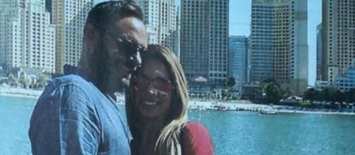 Enzo Capo e Pamela Barretta durante la vacanza a Dubai.