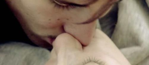Las fotos de los besos de Gianmarco y Adara