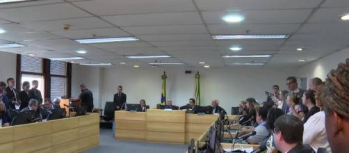 TRT manda bloquear verba da prefeitura do Rio. (Reprodução/TV Globo)