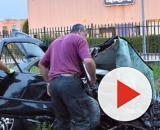 Incidente mortale nel bresciano: due ciclisti travolti da un'auto, guidatore arrestato.