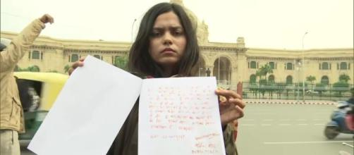 Shooter writes letter in blood to Amit Shah Photo-( image credit-NDTV/YouTube)