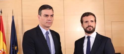 El presidente en funciones, Pedro Sánchez, recibió a Pablo Casado para debatir la formación del Gobierno (Fuente: Twitter Pedro Sánchez)