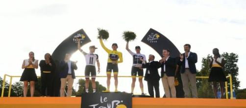 Geraint Thomas sul podio del Tour de France 2018