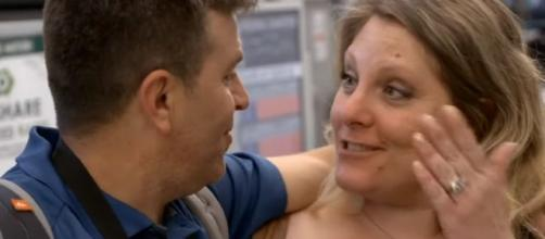 '90 Day Fiancé': Fans reacts angrily on Anna & Mursel's troubled relationship on Twitter. (Image credit:TLC/Youtube screenshot)