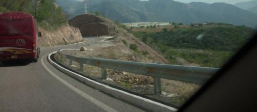 AMLO impulsa construcción de carretera La Yesca. - blogspot.com
