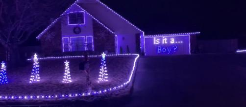 Oklahoma Couple Use Christmas Lights Display for Gender Reveal [Video] - (Image via Storyful Rights Management/Youtube)
