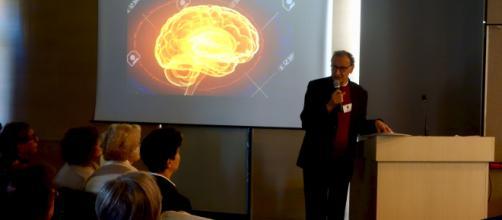 """Professore sulle indagini neuroscintifiche della coscienza spirituale : Vito Antonio Amodio - Università cattolica """"Agostino Gemelli"""" di Roma"""