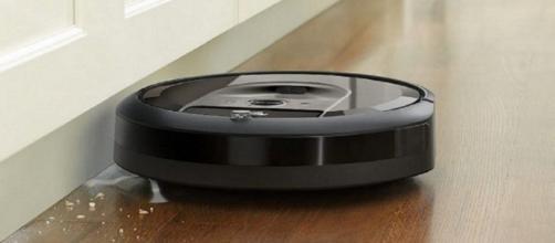 Roomba i7+, il 'pulitore ostinato' che svuota autonomamente il proprio sacchetto raccogli-sporco