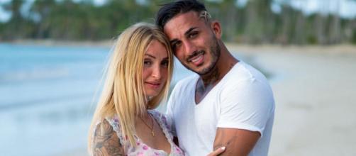 Après sa rupture soudaine avec Beverly, Vivian explique pourquoi il vit avec sa mère à 28 ans. ®TFX